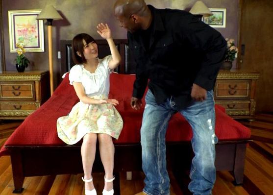 黒人の超巨大メガサイズちんぽがロリ美少女にフェードイン!w