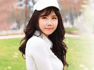 【外国人】韓国人の美人ゴルファーが密着レッスンでAVデビュー!整った美ボディで腰をグラインドさせる卑猥騎乗位で痙攣アクメ!