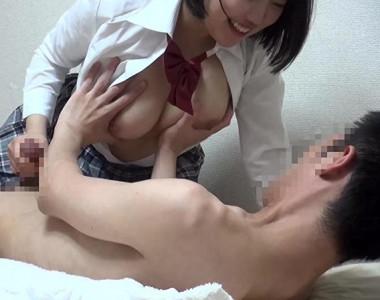 巨乳おっぱいデリヘル嬢とおじさんが本番プレイで膣内射精!