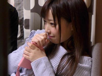 【JD盗撮】『恥ずかしいヨォ♡』風俗嬢の貧乳ロリ美少女とカップル種付けプレス!