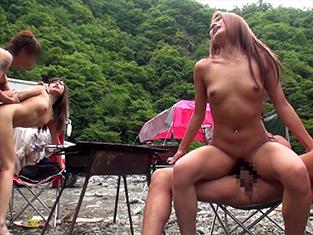 美乳な黒ギャルお姉さんがナンパで野外ハメwデカチン巨根で痙攣アクメw
